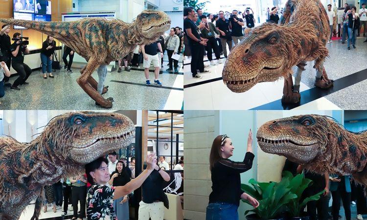 แตกฮือ! ประมวลภาพเมื่อ Baby T-Rex  ออนทัวร์ที่แรก เซลฟี่ได้ไม่กัด